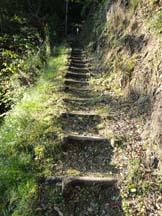 Steep climb to Hatenashi-toge